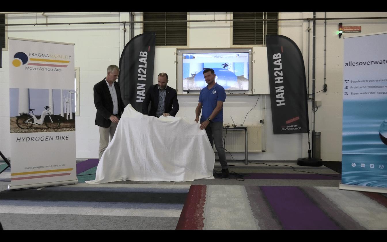 Nederlandse introductie van de Pragma Alpha waterstoffiets op IPKW
