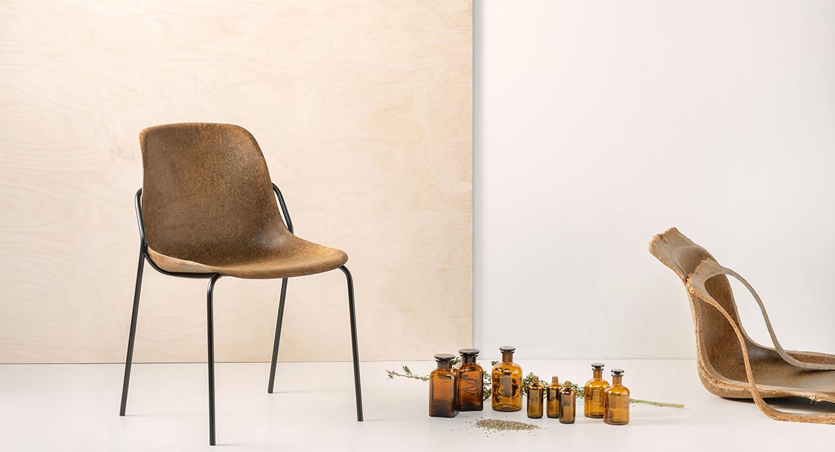 Duurzame collectie stoelen met biomateriaal van IPKW'er Plantics